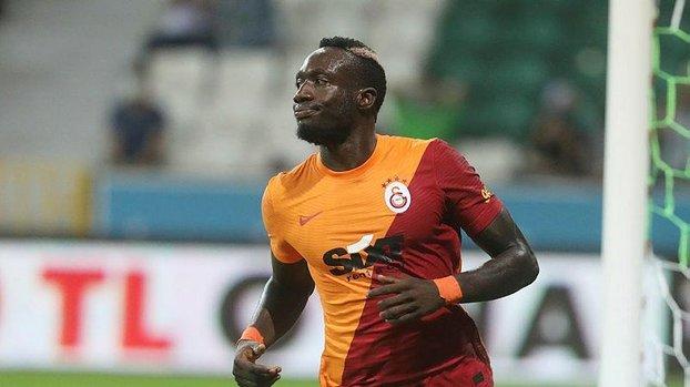 Galatasaray'da Fatih Terim Mbaye Diagne'ye cezayı Trabzonspor maçı öncesi kesmiş!