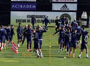 Fenerbahçe hazırlıklarına devam etti