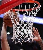 Lakers rally to beat Sacramento 121-114