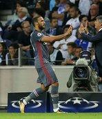 Messi'yi ikiye katladı!