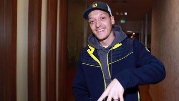 Fenerbahçe'de Erol Bulut'tan flaş Mesut Özil kararı! İşte o plan