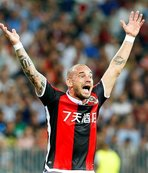 Sneijder'e hocasından şok haber!
