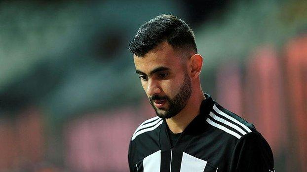 Beşiktaş'ın transfer gündemindeki Rachid Ghezzal Leicester City'nin hazırlık maçına ilk 11'de yer aldı!