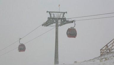 Erciyes Dağı'na kar mı yağdı? Kayseri Erciyes'e kar yağdı mı? Erciyes Kayak Merkezi...