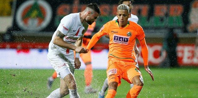 MAÇ SONUCU | Alanyaspor 0 - 0 Antalyaspor