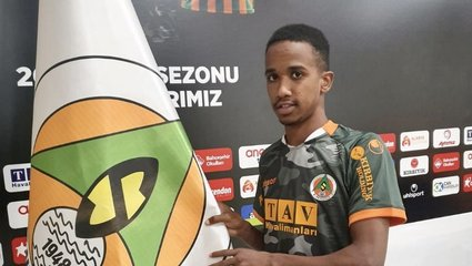 Son dakika transfer haberi: Alanyaspor'a Moritanyalı kanat oyuncusu El Mami Tetah'ı kadrosuna kattı