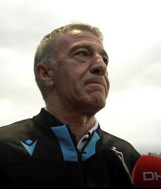 Ahmet Ağaoğlu: Yeni on yıla daha rahat özgüvenli ve mutlu giriyoruz
