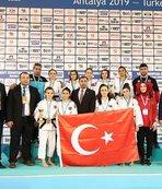 Ümitler Avrupa Judo Kupası'na millilerden madalyalı başlangıç