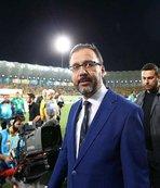 Bakan Kasapoğlu'ndan İbrahim Çolak'a tebrik