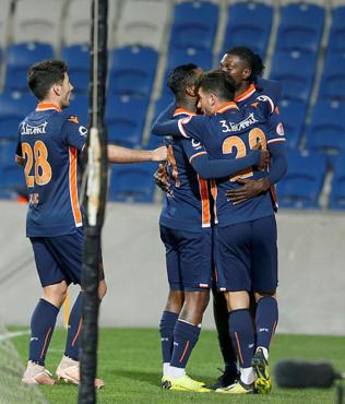 Ziraat Türkiye Kupası son 16 turunda Başakşehir Hatayspor'u tek golle geçti!