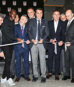 BJK alışveriş merkezi açıldı