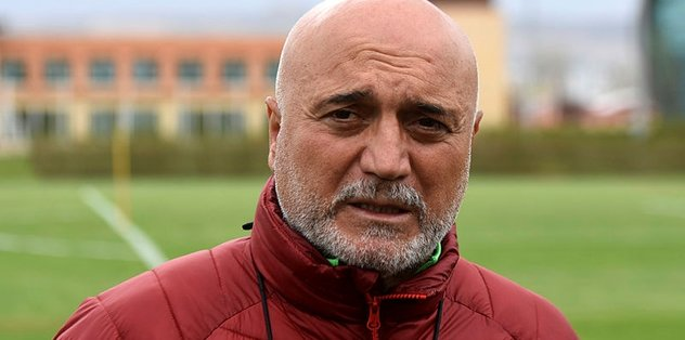 Hikmet Karaman'dan Galatasaray'a taş