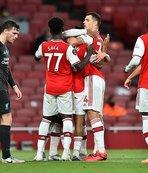 Arsenal şampiyonu devirdi!