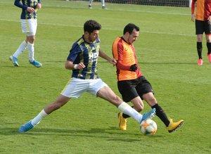 Galatasaray U19 takımı Fenerbahçe'yi devirdi! Karşılaşmadan kareler...