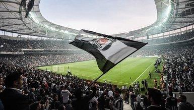Beşiktaşlı taraftarlardan Mario Balotelli'ye 'Come to Beşiktaş' çağrısı