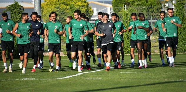 Konyaspor, Rizespor mesaisine başladı