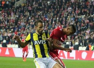 Sivasspor - Fenerbahçe maçının spor kamuoyundaki yankıları!