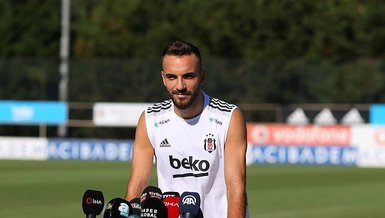 Son dakika transfer haberi: Beşiktaş'ta Cyle Larin'in görevi Kenan Karaman'da (BJK spor haberi)