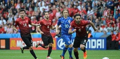 Hırvatistan maçının biletleri tükendi