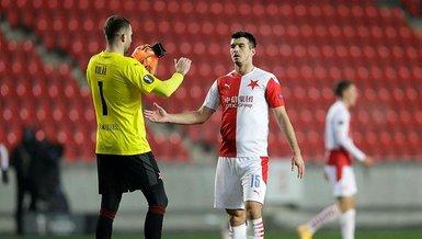 Son dakika spor haberleri: UEFA'dan Slavia Praglı futbolcu Kudela'ya ırkçılık cezası!