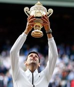 Djokovic victorious in Wimbledon after gripping final