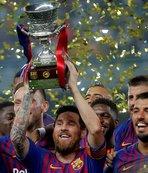 1 milyar dolar gelir sınırını aşan ilk kulüp Barcelona!