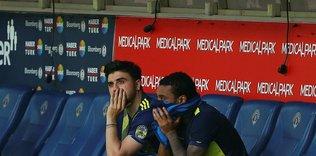 fenerbahcede ozan tufan uyarildi yaptigin hareketler 1594015064879 - Fenerbahçe teknik heyeti kalan maçlara Ömer Faruk Beyaz'ı hazırlıyor