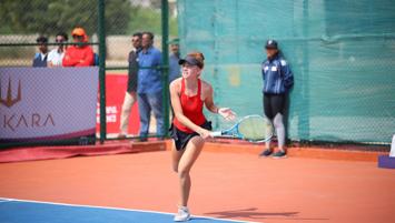 Milli tenisçi Berfu Cengiz Hindistan'da finale yükseldi