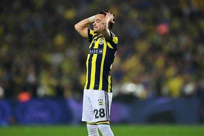 Benzemadan Valbuenaya şok yanıt