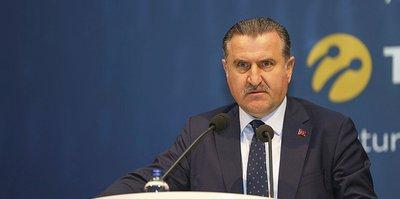 Gençlik ve Spor Bakanı Osman Aşkın Bak'tan Halkbank Voleybol Takımı'na tebrik