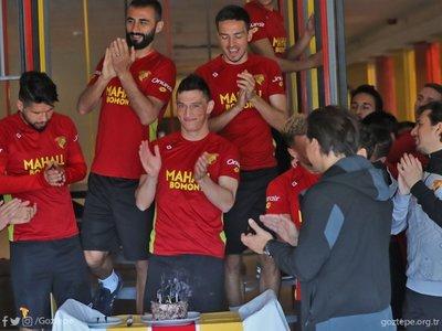 Göztepe, Beşiktaş maçı hazırlıklarına başladı