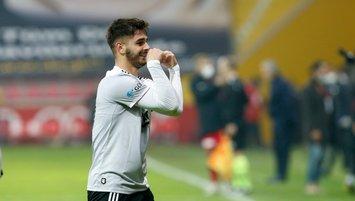 Beşiktaş'ın genç yıldızı gitmek istediği takımı duyurdu!