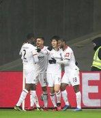 Eintracht Frankfurt 2 golle yarı finalde!