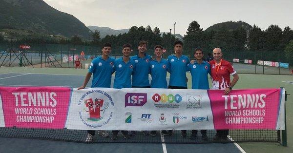 Dünya tenis şampiyonu yine Türkiye'den