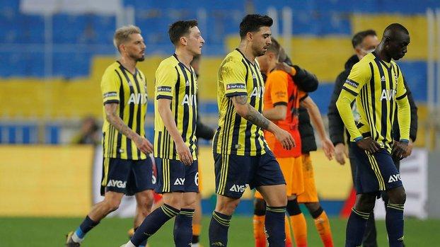 Fenerbahçe tarihi tersten yazıyor! 30 yıl sonra bir ilk #