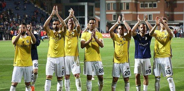 Fenerbahçe deplasmanda Kasımpaşa'yı 4-1 mağlup etti   Kasımpaşa Fenerbahçe maç özeti