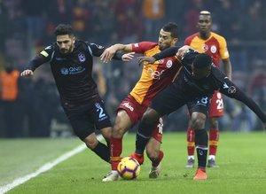 Galatasaray'da Belhanda'dan transfer açıklaması!