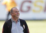 Galatasaray'dan Fenerbahçe'ye dev transfer çalımı!