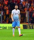 Trabzonspor taraftarı Burak Yılmaz'a destek çıktı