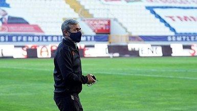 Son dakika spor haberi: Başakşehir Teknik Direktörü Aykut Kocaman'dan 5 değişiklik