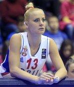 Milica Dabovic'e Yunanistan'da ahlaksız teklif!