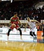 Gaziantep Basketbol Pınar Karşıyaka'yı 74-73 mağlup etti