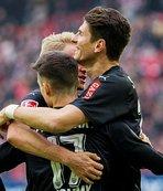 Gomez ve Beck, Stuttgart'ı sırtladı