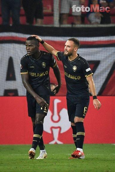 Son dakika spor haberi: Samatta ilk Avrupa maçında gol attı Fenerbahçe taraftarı çıldırdı