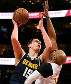 Denver Nuggets Nikola Jokic'in kariyer rekoru kırdığı maçı kazandı
