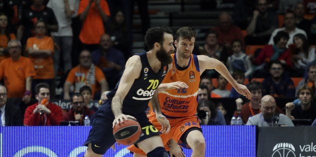 Fenerbahce snaps two-game losing streak in Euroleague