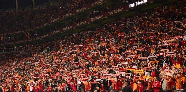 Galatasaray'dan derbi öncesi taraftara büyük müjde!