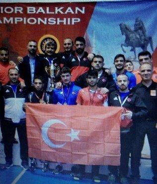 Ali Esoğlu 57 kiloda Balkan Şampiyonu Oldu