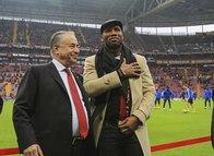 Drogba Galatasaray için tekrar devrede!