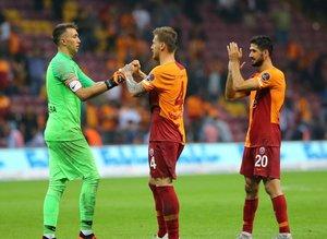 Serdar Aziz'in menajeri açıkladı! Fenerbahçe'ye gidiyor...